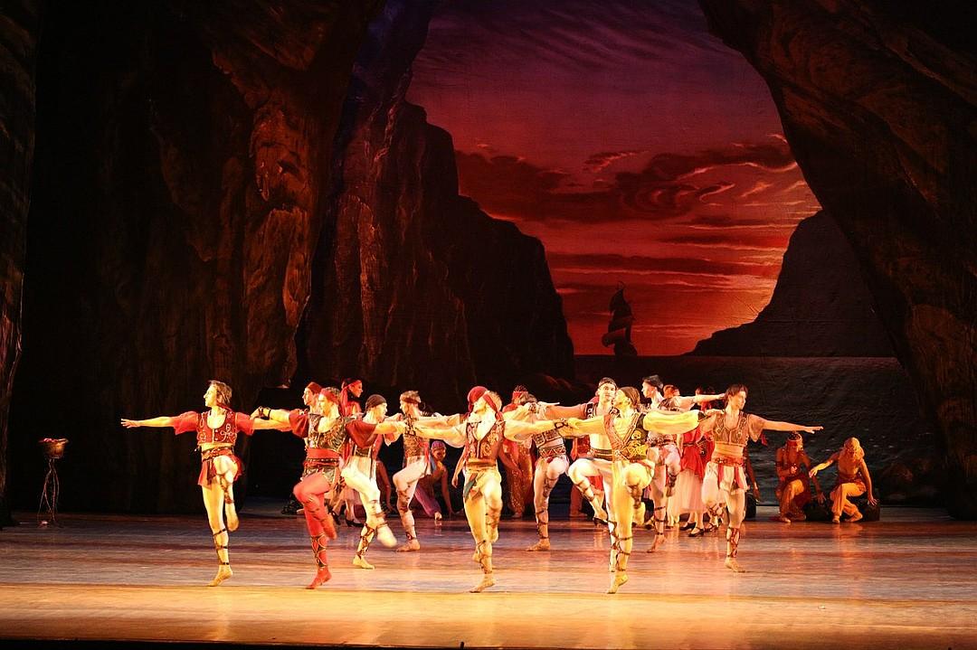 Донбасс опера в ОАЭ (2)