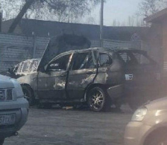 В Донецке взорвался автомобиль BMW